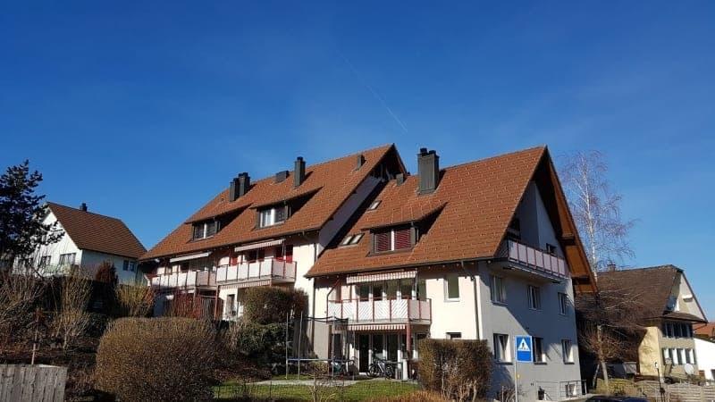 Helle und grosszügige Wohnung an ruhiger Lage und Möglichkeit zur H...