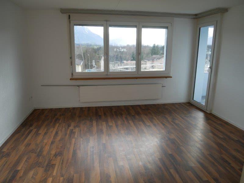 Moderne helle 3Zimmerwohnung in zentrale aber ruhige Lage! (2)