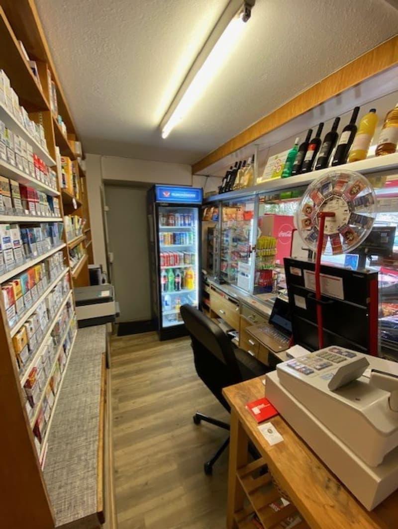 Werde Unternehmer! 30m2 grosser Kiosk an bester Lage.