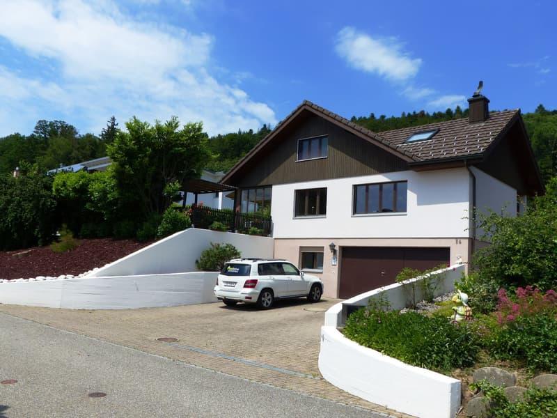 Ein Bijou 8.5 Zimmer Einfamilienhaus an top Lage (1)