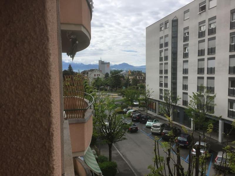 Appartement de 2,5 pièces au 2ème étage à Renens