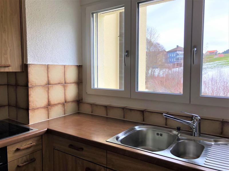 Grosszügige 4 .5-Zimmer-Wohnung im Grünen mit zwei Balkonen