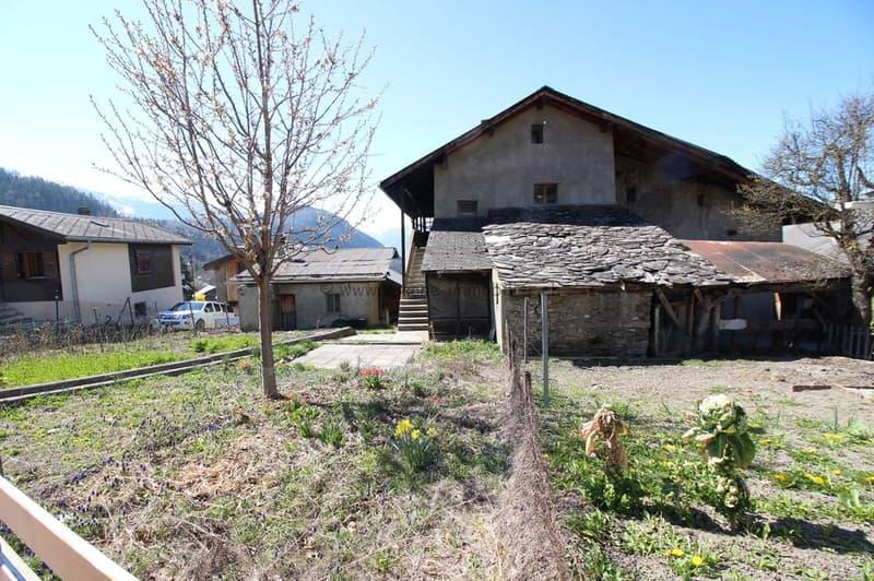 Maison au coeur du village d'Icogne Gros potentiel de rénovation