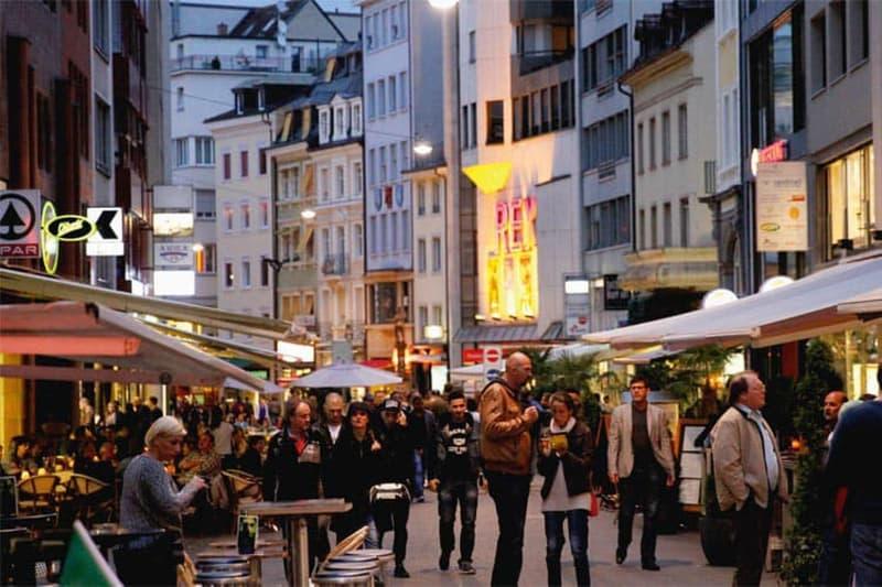 Betreiben Sie Ihr Gastro Betrieb an Bester AAA Lage in Basel