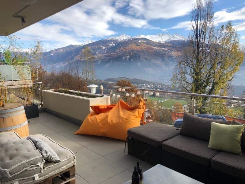 Appartement terrasse avec vue sur les hauteurs de Sion