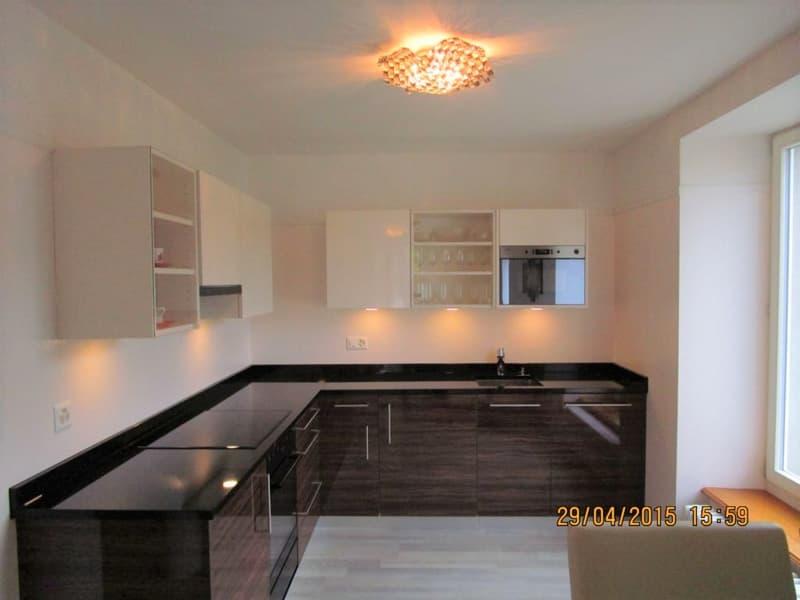 Luxuriöse Möbl. Wohnung mit privatem Eigang, in grüner Oasis inmitten der Stadt!