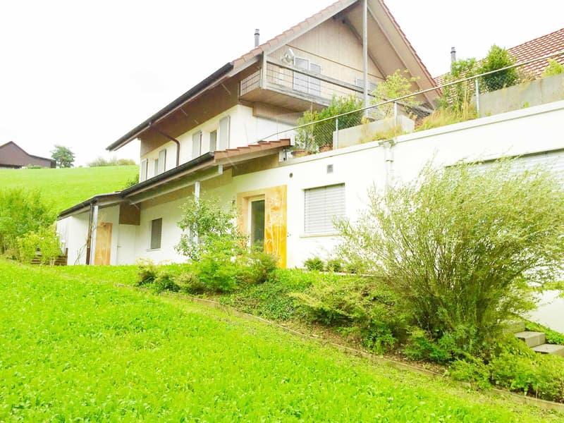 Naturnah Wohnen: Attraktive 3.5-Zi Gartenwohnung an wunderschöner, ruhiger Aussichtslage bei Aarau