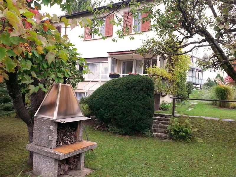 REFH mit Garten und Pergola an Privatstrasse