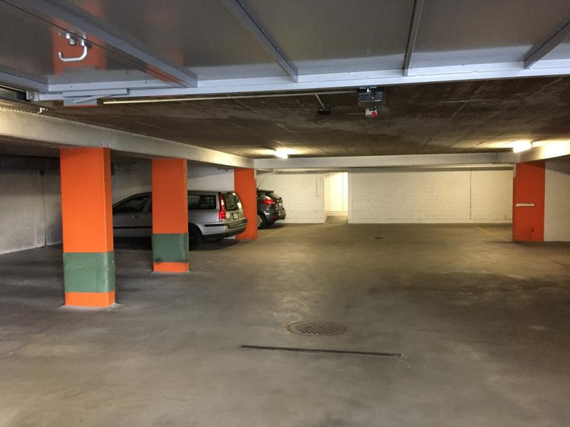 Einstellplätze / Garagenplatz