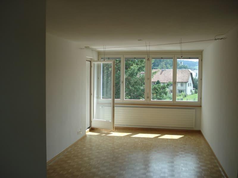 2-Zi-Wohnung im 1.OG mit Balkon