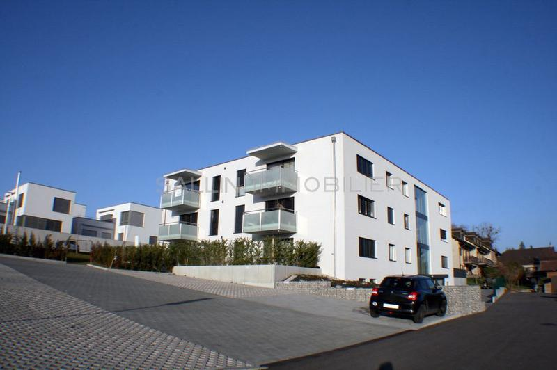 Appartement neuf de standing de  3½ pces, env. 100 m² + pl. parc int.