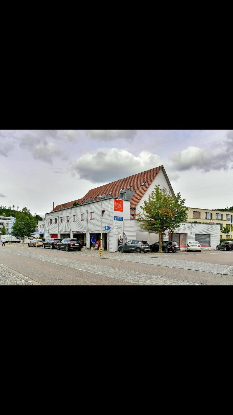 Laden- / Praxis- oder Bürofläche im Dorfzentrum
