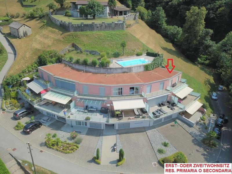 Grosses Eckhaus / Spaziosa casa d'angolo