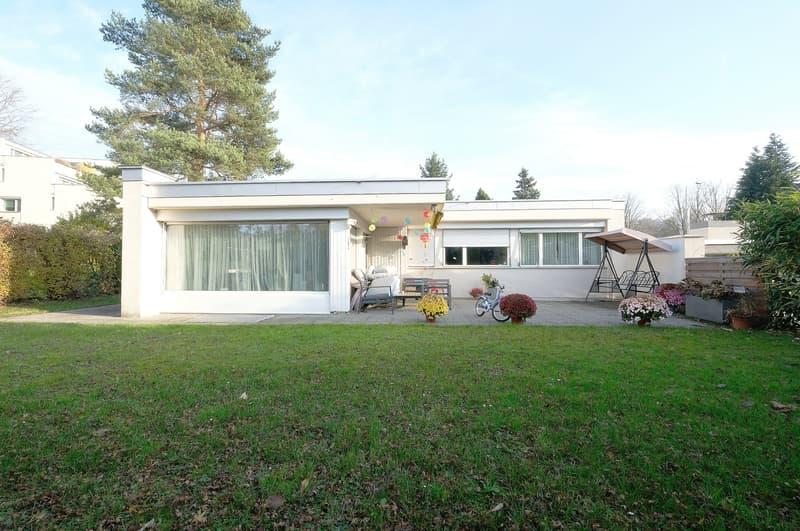 Einfamilienhaus an sehr sonniger und ruhiger Lage, Nähe Hallenbad, Nichtraucher