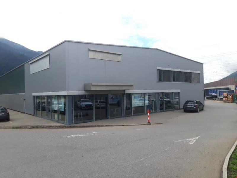 Gewerbehalle mit Büro an attraktiver Lage in Chur