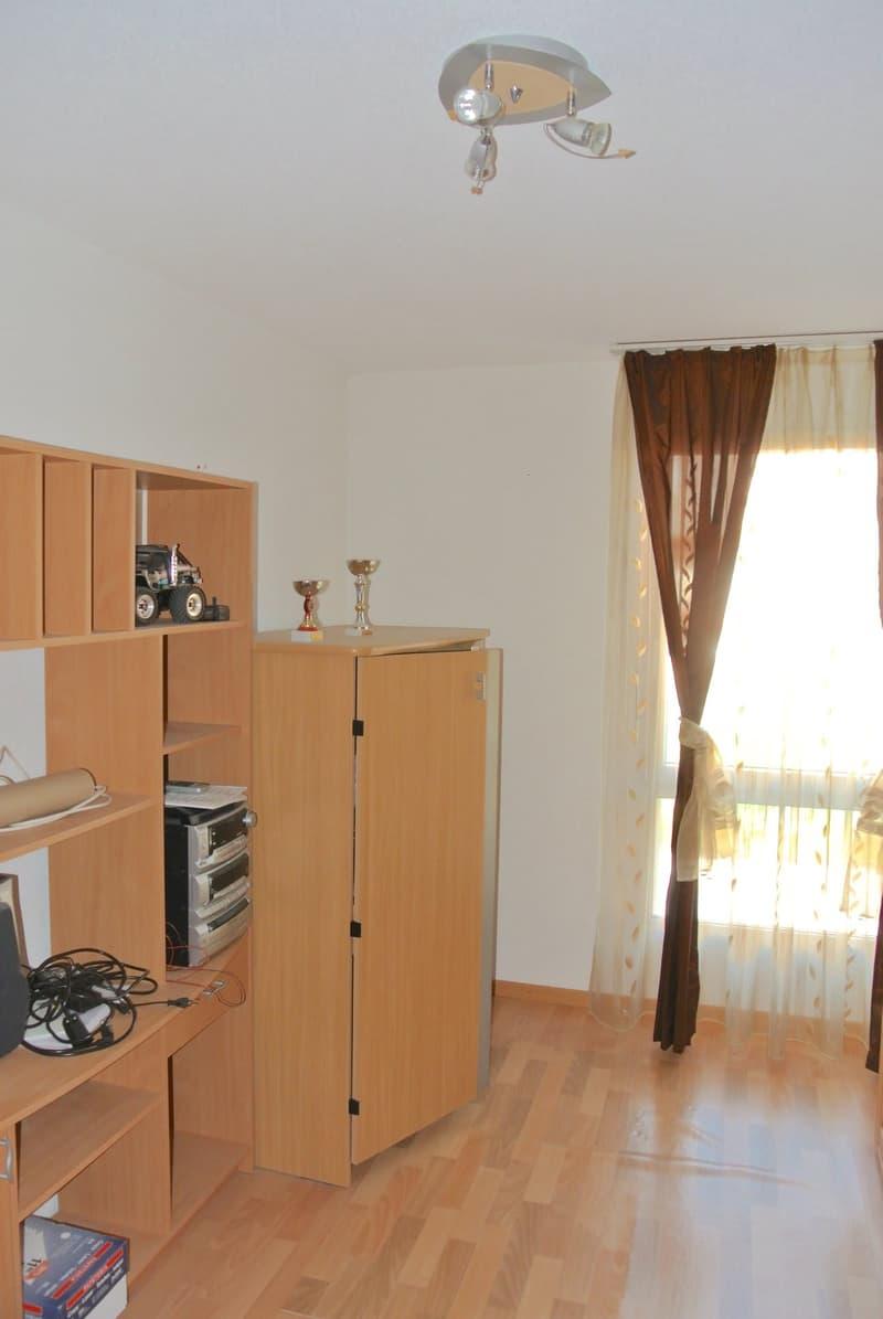 Joli appartement villa avec véranda et jardin dans un quartier familial (3)