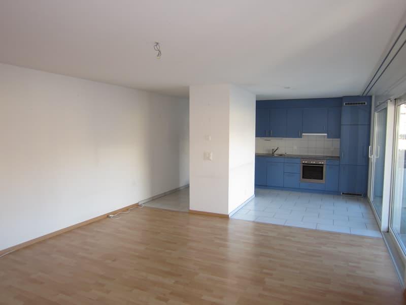 Grosse 2.5-Zimmerwohnung mit Balkon