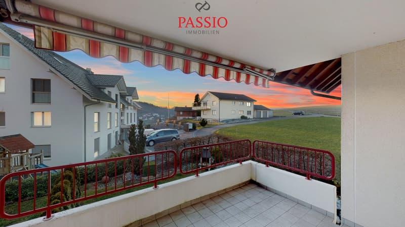 Attraktive, lichterfüllte 3.5-Zimmerwohnung mit Balkon von 11m²