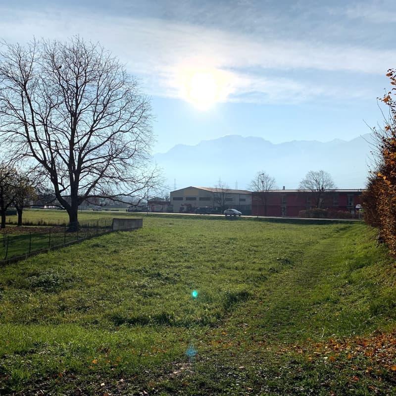 Batiment situé à env. 30 km de Lausanne.