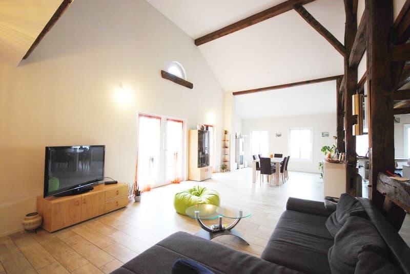 Splendide appartement duplex de 5.5 pièces au coeur du village