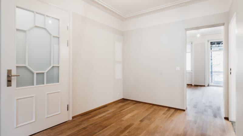 Erstvermietung von hochwertig sanierter 3,5-Zimmer Altbau-Wohnung (4)