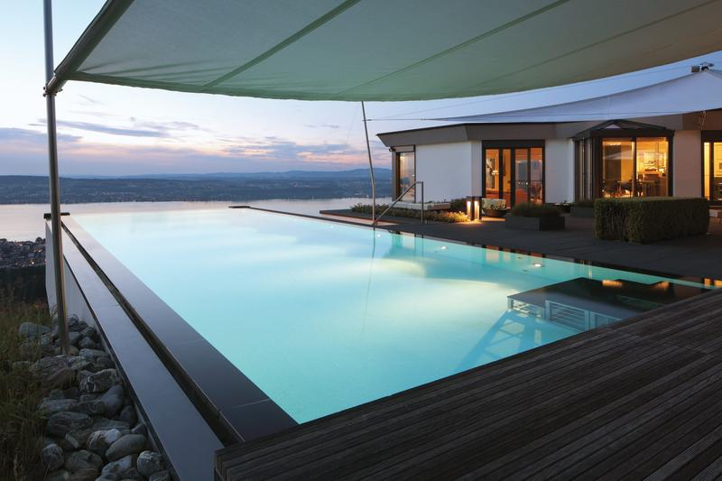 Traumhafte Villa mit einmaligem Panoramablick über den ganzen Zürichsee.