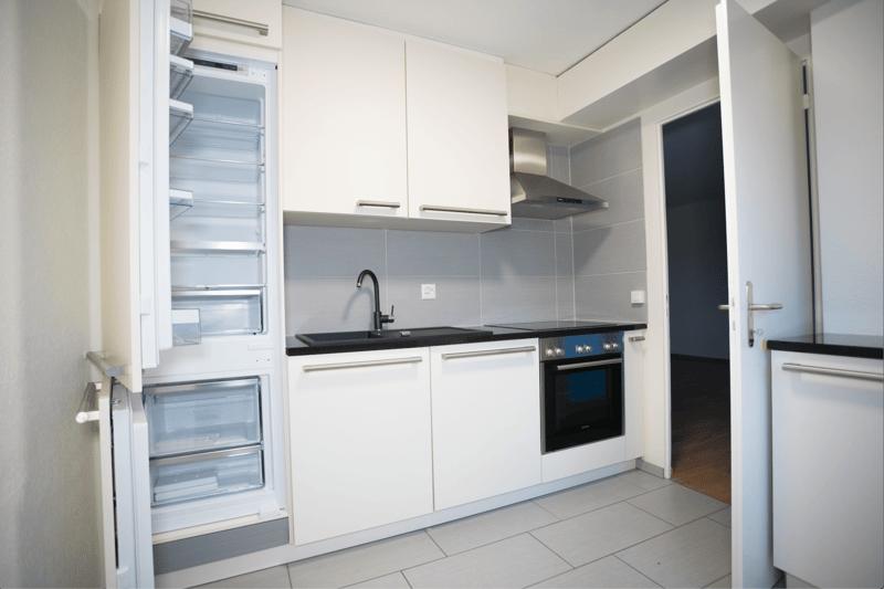 Helle und moderne 2.5 Zimmer Wohnung an ruhiger Lage