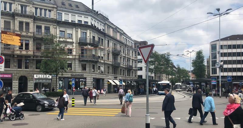 Top Mietflächen an 1A Lage Löwenplatz Zürich in Beauty- und Lifestyle Betrieb