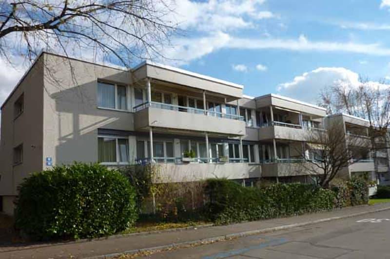 Erstbezug nach Sanierung: Wohnen in verkehrsberuhigtem Quartier