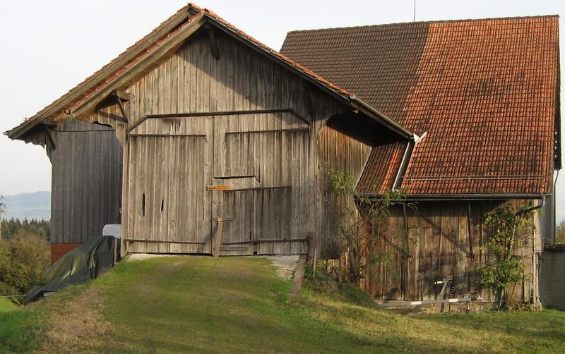 Scheune mit Heckeinfahrt und Kranhahn inkl. 500m2 Hartplätze - ideal für Gartenbauer