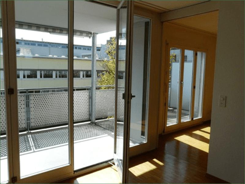 Schöne 2.5-Zi-Wohnung im 2. Stock ab 1. Feb 2020, inkl. Garagenplatz