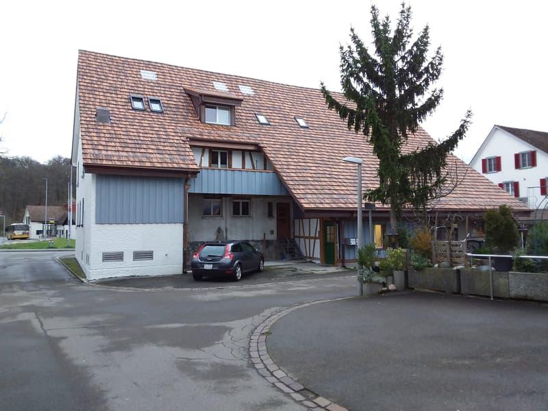 Neue, helle Dachwohnung im Dorfkern