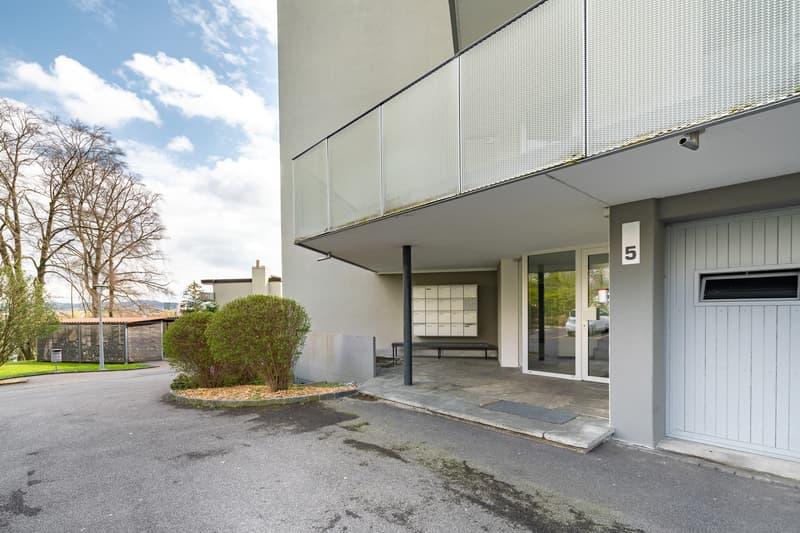 1.5-Zimmerwohnung im Grünen mit perfekter Verkehrsanbindung