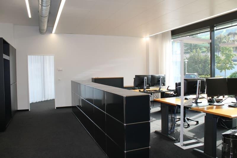 Neu renoviert - repräsentative Büro- oder Praxisräume an bester Lage