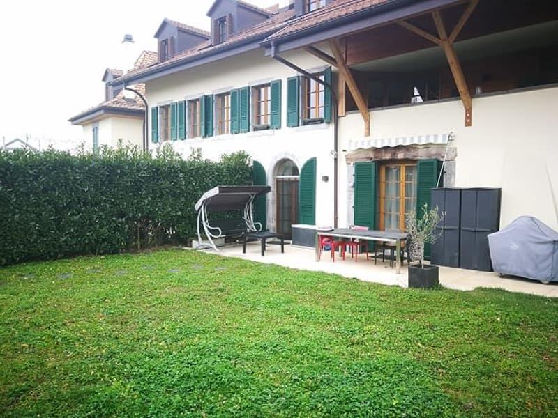 Grand appartement de 5,5 pièces - d'env.165m2 - avec terrasse et jardin,