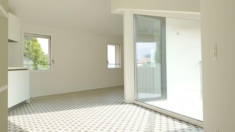 Nuovo appartamento 3.5 locali nel nucleo di Obino con vista