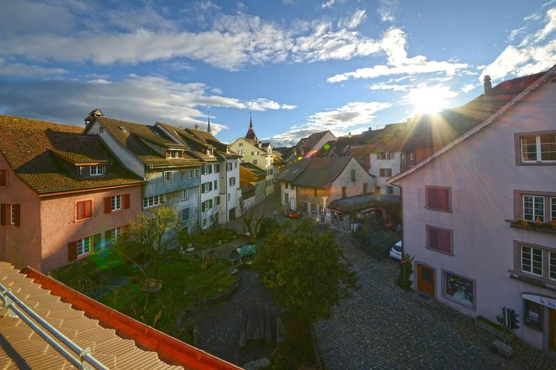 Erstbezung nach Renovation einzigartige 3.5 Zimmer Dach Maisonette Altstadtwohnung (3)