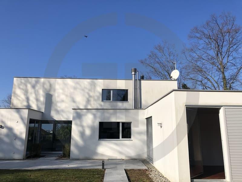 Superbe villa contemporaine au coeur de Cologny