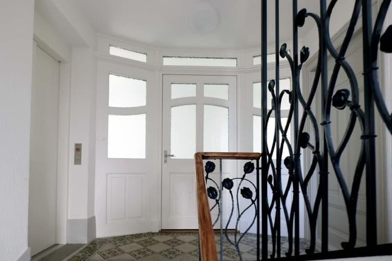 Ruhig gelegene 4-Zimmer-Dachwohnung an bester Lage!!