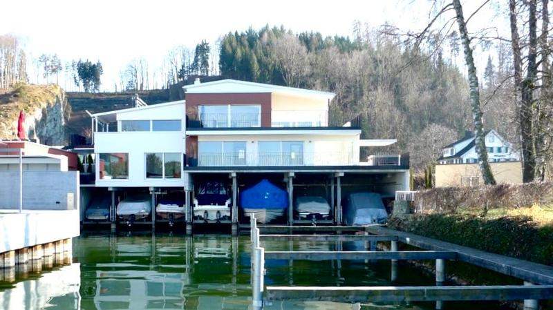 Einzigartige Seeliegenschaft direkt am Zürichsee (1)