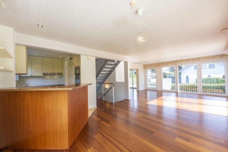 5.5-Zimmer-Einfamilienhaus mit Studio - idyllisch gelegen mit privatem Seezugang in Wilbrunnen (3)