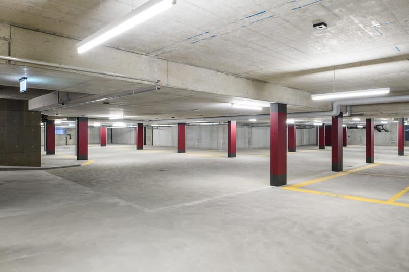 In der Ey, Autoeinstellplatz zu vermieten.
