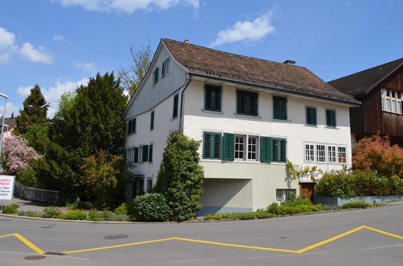 Historisches Bijou benachbart zum Zürichsee