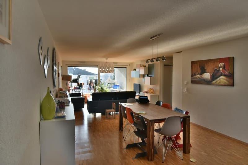 A louer très beau logement de 4.5 pièces avec balcon proche du centre ville d'Yverdon-les-Bains