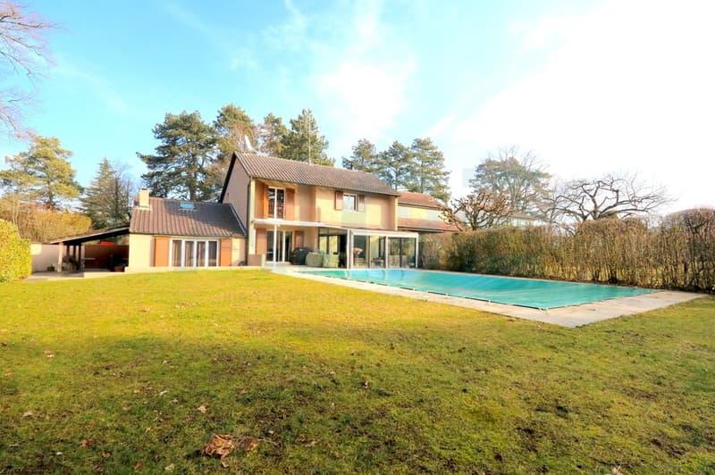 Magnifique villa entièrement rénovée à Vessy (1)