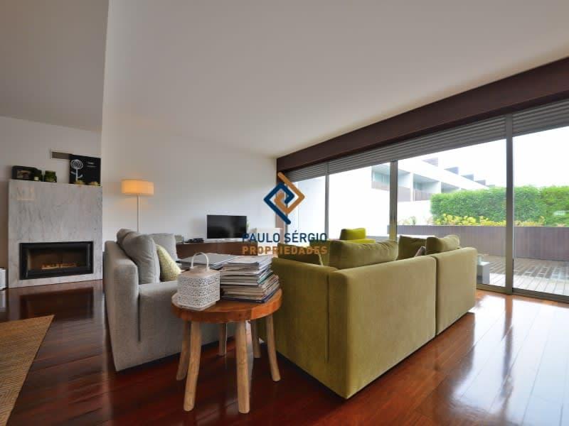Villa de 4 chambres avec vue sur la mer, dans une copropriété privée avec piscine, près de la gare de Granja et des plages, à seulement 1 km du centre de la ville de Espinho (4)