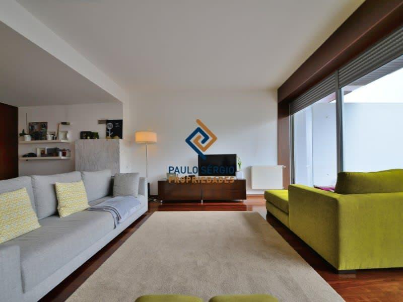 Villa de 4 chambres avec vue sur la mer, dans une copropriété privée avec piscine, près de la gare de Granja et des plages, à seulement 1 km du centre de la ville de Espinho (2)