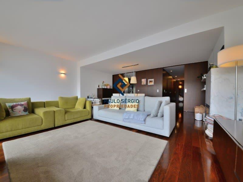 Villa de 4 chambres avec vue sur la mer, dans une copropriété privée avec piscine, près de la gare de Granja et des plages, à seulement 1 km du centre de la ville de Espinho (1)