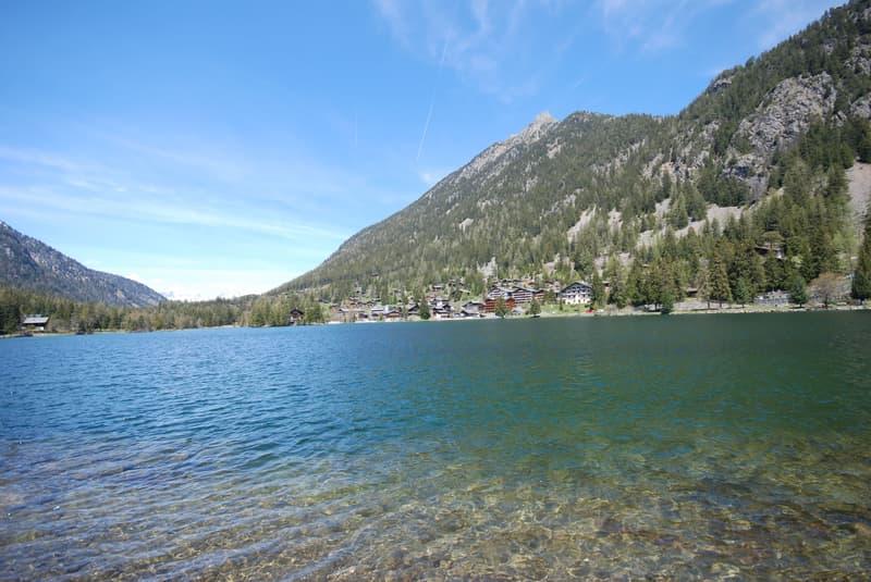 Ferienhaus (Chalet) in unmittelbarer See Nähe zu verkaufen (3)