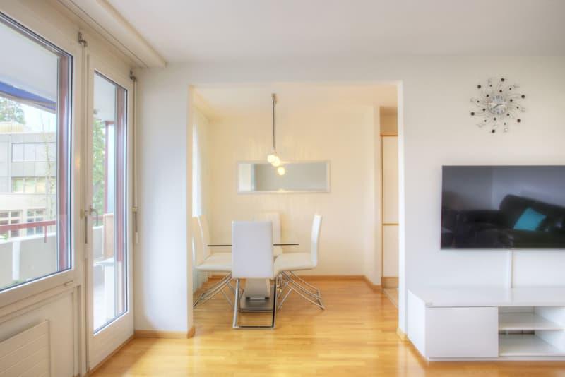 3.5-Zimmer-Wohnung mit Balkon und Einstellhallenplatz